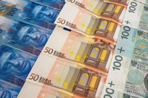 Frankowicze w Warszawie - ile mogą wygrać z bankiem?